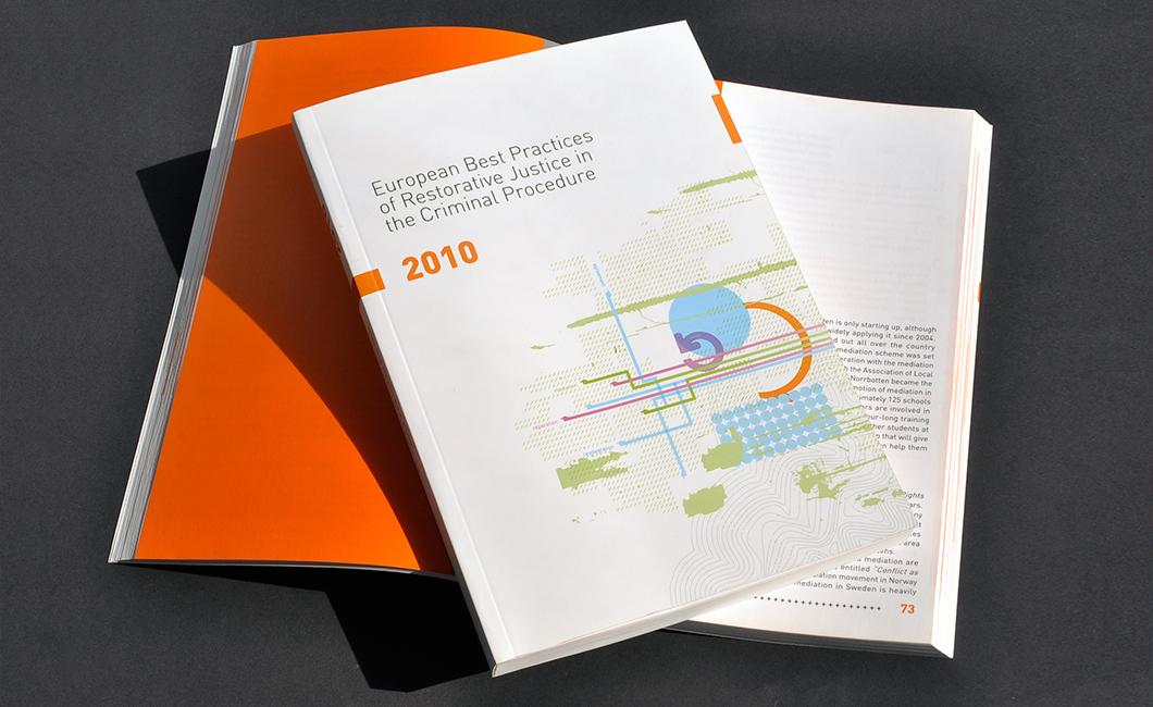 Graphasel Design Studio - Tanulmánykötet - Print