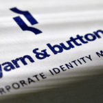 Yarn and Button arculat